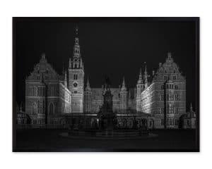 Langtidseksponeret fotografi af springvandet på Frederiksborg Slot.